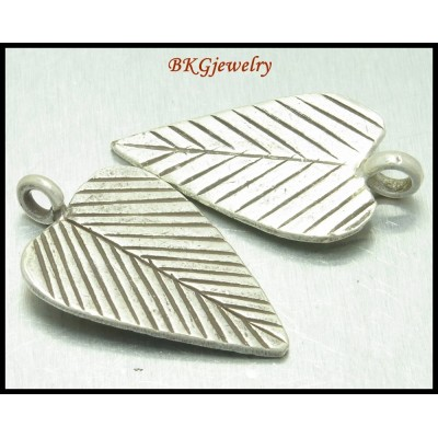 3x Wholesale Jewelry Findings Karen Charms Hill Tribe Silver [KC015]