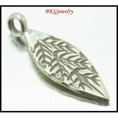 3x Jewelry Findings Bamboo Hill Tribe Silver Charms Leaf [KC050]