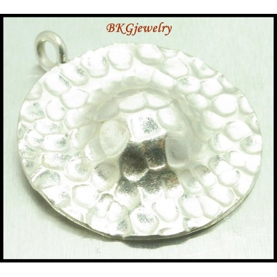 1x Hammered Pendant Karen Hill Tribe Silver Jewelry Findings [KP018]