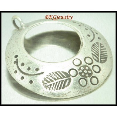1x Jewelry Supplies Engrave Hill Tribe Silver Circle Pendant [KP036]