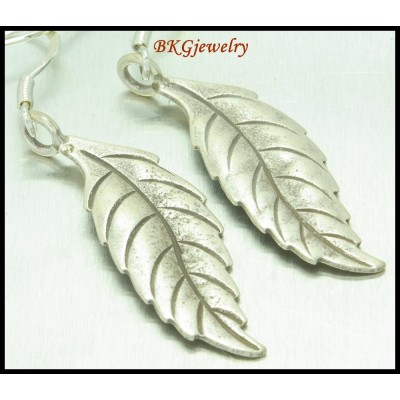 Handcrafted Jewelry Dangle Earrings Leaf Hill Tribe Silver [KH065]