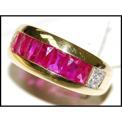 Pink Ruby and Diamond Unique 18K Yellow Gold Band Ring [RQ0053]