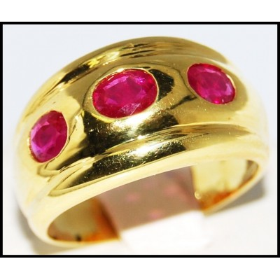 Three Stone Oval Ruby Jewelry 18K Yellow Gold Ring [R0066]