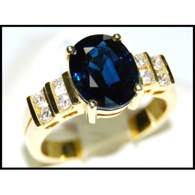 Blue Sapphire 18K Yellow Gold Diamond Unique Ring Solitaire [RS0075B]