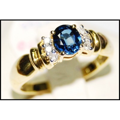 18K Yellow Gold Diamond Solitaire Blue Sapphire Unique Ring [RS0086]