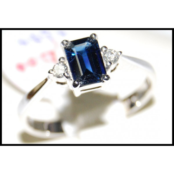 Emerald Cut Blue Sapphire and Diamond 18K White Gold Ring R0124