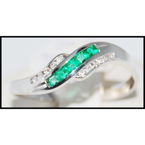 white gold emerald ring white gold