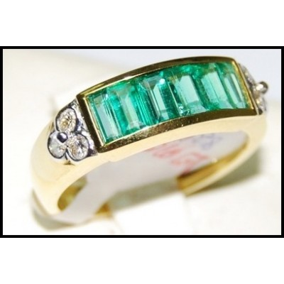 Emerald Gemstone Jewelry Diamond Ring 18K Yellow Gold [RQ0031]