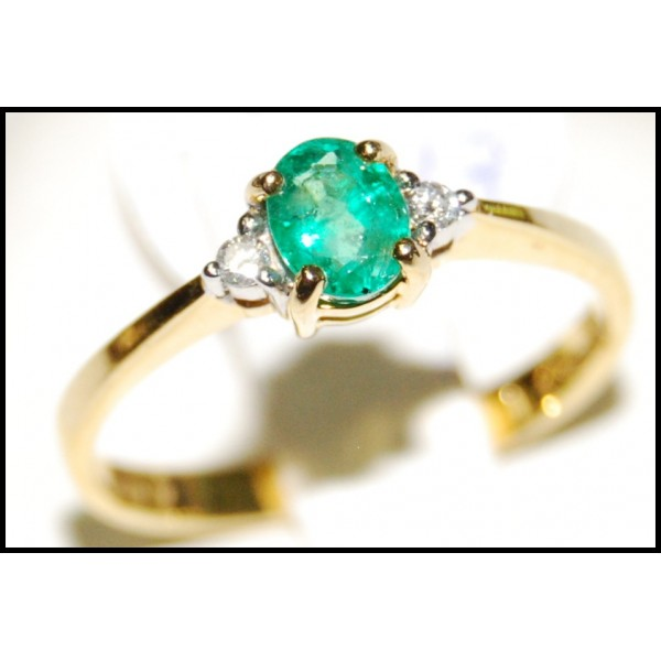 emerald jewelry solitaire 18k yellow gold ring