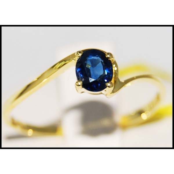 solitaire blue sapphire 14k yellow gold gemstone