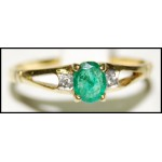 Stunning Solitaire Emerald 18K Yellow Gold Diamond Ring [RS0107]